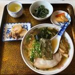 つくし食堂 - 料理写真:ラーメン