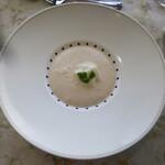 フランス食堂 シェ・モア - 料理写真:紅玉リンゴの冷製スープ(リンゴランチ内)