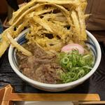 うどん屋麺之介 - 肉入りゴボ天暖かいの^ ^