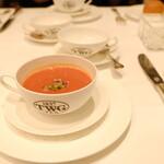 ティーダブリュージー ティー - トマトの冷製スープ。