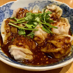 中華そば おばん菜 鶴亀 - 皿ワンタン(ピリ辛ラー油)