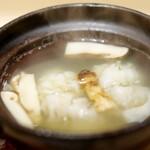 140097219 - 鱧と松茸の小鍋仕立て
