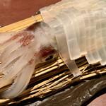 いか鮮本家 - 料理写真:【活イカ姿造り】『須佐男命(スサミコト)イカ』というローカルブランドのケンサキイカです。