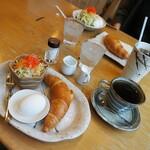 珈琲家 香蔵 - 料理写真:今日は香蔵でモーニング