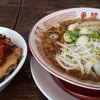 らーめん香龍 - 料理写真:黒香龍のチャーシュー丼セット(968円)
