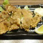 140105144 - たまに行くならこんな店は、神田で鶏推しな居酒屋となる「古民家個室の鶏酒場 ハングリーチキン」です。