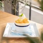 カフェ ガーデン - レモンスフレ