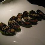 恋丸 - 【アボガドの味噌田楽(500円)】 アボカドの濃い味と味噌の甘さが結構合うんですよね。♪コレがぁ!