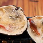 磯丸水産 - ホッキ貝の殻焼