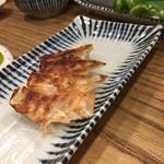肉汁餃子と190円レモンサワー しんちゃん -