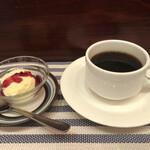 アイリッシュパブ・ザ・ハカタハープ - デザート・コーヒー