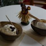 ココナッツグレン - テーブルの上に並べて~♪