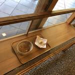 恵那寿や - 料理写真:店内