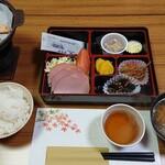 玉城屋 - 料理写真:朝食も和食