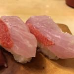 魚がし寿司 - 「金目鯛」200円×2