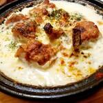 わたなべ精肉店 - 阿波尾鶏とブロッコリーのグラタン