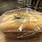 野毛焼そばセンターまるき - ベルベのパン