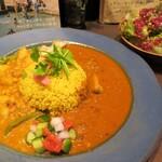 スパイスカレー パルミラ - 旬の野菜カレーとパルミラクルカレー