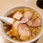 赤坂味一 - チャーシュー麺