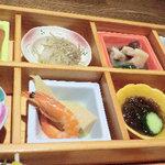 14021513 - ランチの「おばん菜御膳」の小鉢