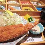 14021514 - ランチの「おばん菜御膳」のエビフライ