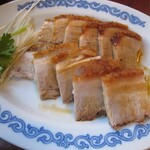 chuukasaikandouhatsu - 選択:皮付き豚バラ肉の焼物
