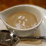 ONZI - 八幡平ホワイトマッシュルームのポタージュ