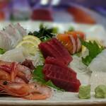 誠寿司 - 悲惨な盛り込み
