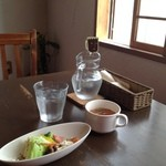 cafe 自休自足 -