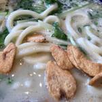 九十九里 麺ドラゴン - にんにくチップ投入
