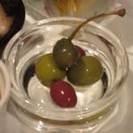 ソラカラ アクア ミネラーレ - 料理でオリーブをここまで食べるのは初めてです。