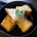 六古窯 - Cセットのフレンチトースト