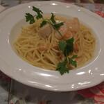 オリーブ キッチン - パスタ「ホタテ貝柱とエビのクリームソース」