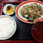 徳華 - 料理写真:肉野菜炒め
