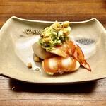 Kiyama - 車海老のずんだ豆和え~車海老の紅白とずんだ豆のグリーンが色鮮やかで見た目も綺麗な逸品。