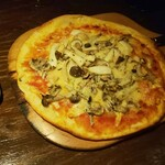 140269020 - キノコのピザ(フンギ・エ・フンギ)