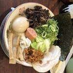 福ヤ - 全部のせラーメン 1300円