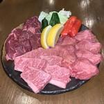 もりもりホルモン - 料理写真:牛タン、和牛カルビ、サガリ
