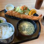 海老徳 - エビフライ定食¥1980