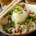 博多ガラクタ屋台 - 鮮なコブクロを使用!たっぷりおろしとポン酢でどうぞ!