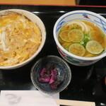 小麦や - カツ丼+酢橘ミニうどん