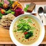 エル フォー ユー - 腸活豆乳スーププレート