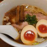 鶏そば煮干そば 花山 - 味玉鶏そば(900円)