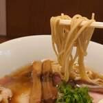 鶏そば煮干そば 花山 - 麺アップ