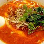 1403929 - マーラー刀削麺はスープが真っ赤でした