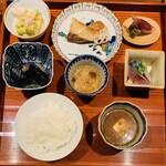 和食や 芦田 - オカズ+ご飯