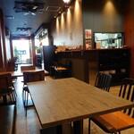 カフェ ザ ベイ - 店内