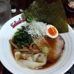餃子の十兵衛 - 醤油らーめん☆☆   日曜日・得のせデーで、ほうれん草+半味玉+白髪ネギ+海苔2枚