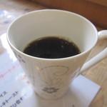 シュー・ド・カフェ - コーヒー 400円(おかわり1杯可)