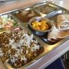 カフェと印度家庭料理 レカ - 料理写真:マトンビリヤニ、チキンカレー、フィッシュカレー 1700円 ビリヤニうまー